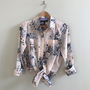 WHBM Chelsea Floral Button Up Shirt
